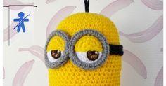 © AmigurumisFanClub Minions, minions, ...all around!!! Por fin tenemos a nuestro trío completo, el patrón de Kevin esta a vue... Minion Crochet Patterns, Minion Pattern, Crochet Flower Patterns, Amigurumi Patterns, Crochet Doilies, Crochet Lion, Easter Crochet, Crochet Toys, Free Crochet
