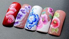 Бесплатные уроки по дизайну ногтей . Смотрите Free lessons in nail design. See nailchic.ru/