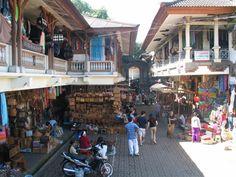 Ubud crafts market