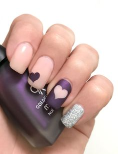 The Unail Nail Stencil Set – Hearts and Stars design. Unail Stencil Set – is a collection of nail art stencils used to create incredible designs on women's nails in the comfort of their home of in the beauty salon. This is a great DIY product that makes n