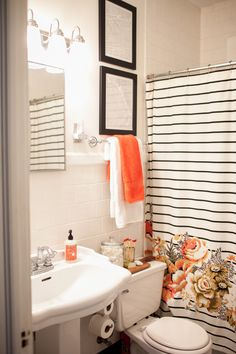 Southern Newlywed: At Home With Mattie Tiegreen. Orange Bathroom ...