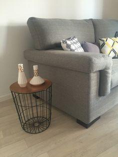 chauffeuse lit lizy patchwork poufs poires but id es loggia pinterest banc coffre de. Black Bedroom Furniture Sets. Home Design Ideas