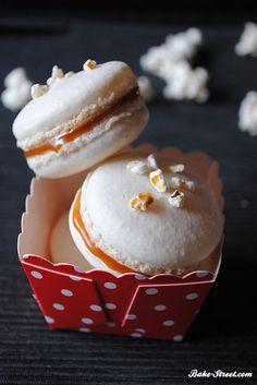Macarons de palomitas y caramelo salado