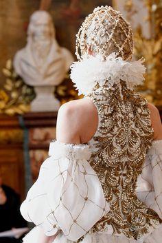 Alexander McQueen Fall/Winter 2013-2014 at Paris Fashion Week