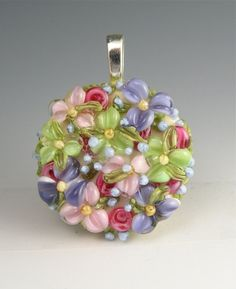This pendant is PRETTY! Perfect for spring.