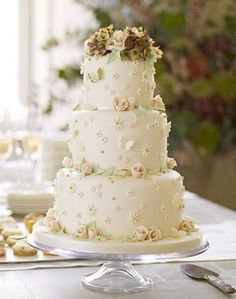 Royal Wedding: 3 Cakes by Kate and William's Official Cake Maker! Which Do You Like Best?