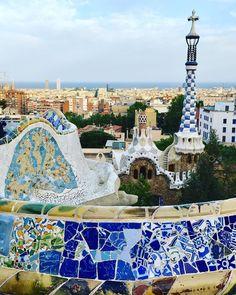 Park Guell, Park Güell, Barcelona, Spain, Antoni Gaudi, Archtecture
