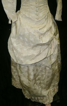 extant, garments, gowns, dresses, outfits, antique, history, historical, textiles, fashion, Victorian, Edwardian, 18th century, Regency
