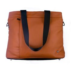You'll swell with pride every time someone compliments this modern working woman's bag.