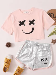 Teen Girl Outfits, Girls Fashion Clothes, Tween Fashion, Outfits For Teens, Casual Outfits, Cute Outfits, Fashion Outfits, Cute Pajama Sets, Cute Pajamas