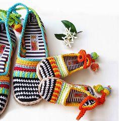 Zapatillas tejidas al crochet con lazo para el tobillo