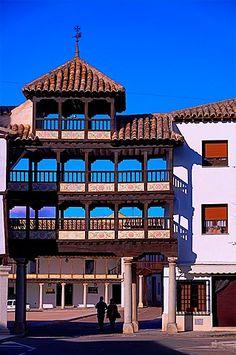 Plaza Mayor (Main Square), Tembleque, Toledo province, Castilla-La Mancha, Spain