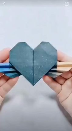 easy step by step Diy Crafts Hacks, Diy Crafts For Gifts, Diy Arts And Crafts, Diy Crafts Videos, Creative Crafts, Cool Paper Crafts, Paper Crafts Origami, Diy Paper, Diy Stationery Paper