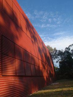 Fully closed Building Exterior, International School, Exterior Colors, Sydney, German, Australia, Deutsch, German Language, Exterior Paint Colors