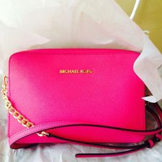 Michael kors outlet, Press picture link get it immediately!not long time for cheapest, Get Michael kors Bags right now! Mk Handbags, Handbags Michael Kors, Michael Kors Bag, Fashion Handbags, Replica Handbags, Outlet Michael Kors, Cheap Michael Kors, Moda Fashion, Girl Fashion