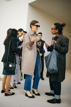 WWD's Kuba Dabrowski captured the best street style looks from Paris Fashion Week Spring/Summer Winter Fashion Outfits, Edgy Outfits, Grunge Outfits, Fashion Week, Paris Fashion, Autumn Fashion, Womens Fashion, Fashion Trends, Street Style