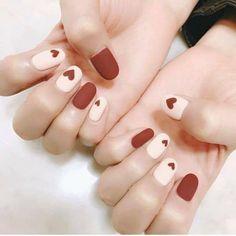 Winter nails💅super great for your complexion😻 . make your nail dry quickly😎 . Korean Nail Art, Korean Nails, Minimalist Nails, Nail Swag, Stylish Nails, Trendy Nails, Cute Acrylic Nails, Cute Nails, Kawaii Nails