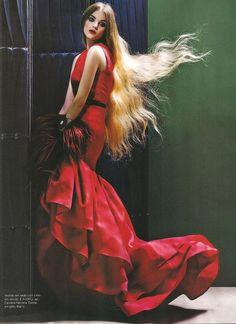 Jessica Bertoncelo by Pedro Ferreira & Paulo Macedo for Vogue Portugal 'Red Alert' Editorial - November 2010