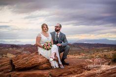 Las Vegas Luv Bug Valley of Fire Wedding #luvbug #wedding #valleyoffire #lasvegasphotographer #phototour #adventure #vegas #lasvegas #elope