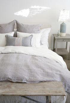 Layers of Linen..more on shabbychic.com #rachelashwell