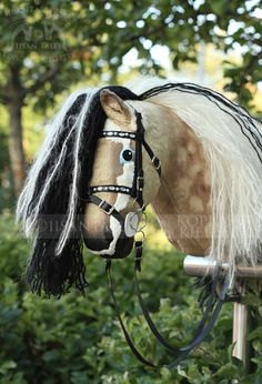 Horse Stalls, Horse Tack, Horse Racing, Horse Galloping, Stick Horses, Tallit, Hobby Horse, Horse Crafts, Horse Photos