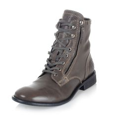 487d437949a Buy Diesel Leather Ankle Boot at outlet price on Glamood. The best men  Diesel Leather Ankle Boot offer for your classy wardrobe.
