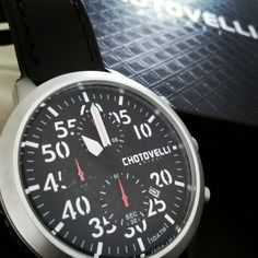CHOTOVELLI Italy model 3300-11, the perfect Large Pilot Watch for work, leisure or sports. Now at only $229 on www.uigwatch.com ⌚#uigwatch #chotovelliitaly #chotovelli #chotovelliwatch #largeitalianwatches #pilot #pilotwatch #luxurypilotwatch #italianwatches #italianfashion #italianstyle #italia #italy #menstuff #menstyle #mensfashion #watchporn #watchitalia #watchuseek #watchofinstagram #watchoftheday #montredeluxe #montredepilote #montre #sideways #wrist #wristporn #reloj #uhren…