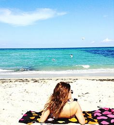 i love mondays when have beach sun and relaxing