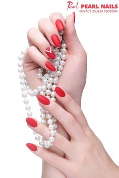 Vörös matt körmök csillogó gyöngyökkel Kovács Zsuzsa Teodórától PearLac Matte One Step 051 gél lakkal. Matte red nails and shining pearls made by Zsuzsa Teodóra Kovács made with PearLac Matte One Step gel polish. #pearlnails #pearlac #mattenails #rednails #redhotnails #mattkörmök #nails #nailart #nailswag #nailstagram Elegant Nails, Red Nails, Christmas, Fashion, Red Toenails, Xmas, Moda, Classy Nails, Red Nail