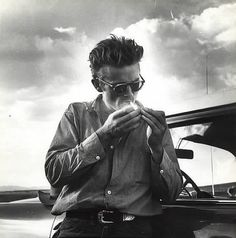 do not smoke..  this is too sexy) James Dean