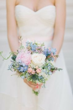 Fresh And Romantic Spring Wedding Bouquets