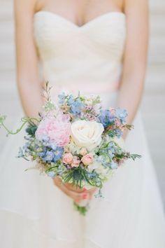 50 Adorably Fresh And Romantic Spring Wedding Bouquets | Weddingomania
