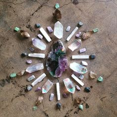 Increase your feng shui good fortune and prosper. Here are tools of feng shui & modern wisdom to welcome love, joy, health, wealth and happiness in! Gems And Minerals, Crystals Minerals, Crystals And Gemstones, Stones And Crystals, Crystal Magic, Crystal Grid, Crystal Healing, Feng Shui, Crystal Mandala