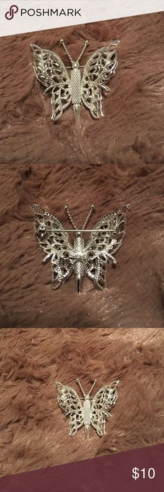 """Vintage Monet Butterfly Brooch This is a silver tone vintage Monet butterfly brooch.  It is in excellent condition with no tarnish and signed on the back.  It measures approximately 1 1/2"""" in diameter from the widest points. Monet Jewelry Brooches"""