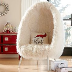 Furlicious Egg Chair - Pretty sure this is what my apartment is missing!
