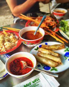 Delicious BBQ pork rice paper rolls salad & chilli sauce at one of my favourite restaurants in Hoi An Bale Well. #balewell  #hoian #vietnam #vietnamesefood #pork #bbq #ricepaperrolls #spicy #food #eat #restaurant #delicious #taste #tastetravel #tastetravelfoodadventuretours #sunshinecoast #australia #travel #traveller #holiday #vacation #trip #localsknow #instayum #instagood #instatravel