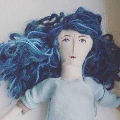"Polubienia: 14, komentarze: 1 – Barbara (@barbarita_clothdolls) na Instagramie: ""New things in progress.. 😄😍 . . #sewing #handmade #artdoll #clothdoll #ragdoll #creativelife #blue"""
