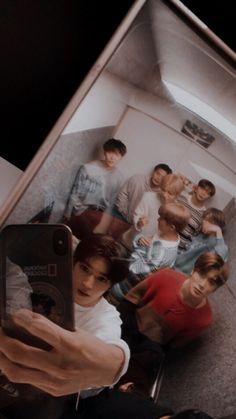 Taeyong, Ntc Dream, J Pop, Nct Life, Boy Photography Poses, Jaehyun Nct, Kpop Aesthetic, Boyfriend Material, K Idols
