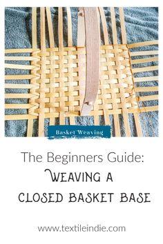 Weaving Tools, Weaving Projects, Weaving Designs, Basket Weaving Patterns, Making Baskets, Willow Weaving, Basket Crafts, Bamboo Basket, Craft Tutorials