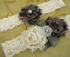 Camo Wedding Garter set /Ivory lace garter set/ by Weddingzilla, #brides #weddings