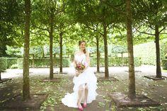 Paul en Annet — Bibifotografie #trouwen #bruid #bruidsjurk #trouwen #trouwjurk #trouwfotografie #trouwfoto #huwelijk #park #buiten #weddingdress #wedding #pink #roze #weddingphotography