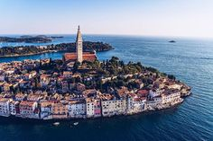 The 42 breathtaking photos of Croatia, from Zagreb to Dubrovnik, will make you start planning your Croatian vacation today. Visit Croatia, Croatia Travel, The Tourist, Best Destination Wedding Locations, Les Cascades, Parc National, Pula, Lofoten, Beach Town