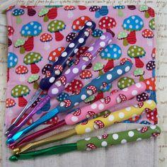 Big G 4 14 MM Size Pink Hook Marble Swirl Polymer Fancy  Clay Handmade Handle Crochet Gift Needle Lace Making Crochet Stick