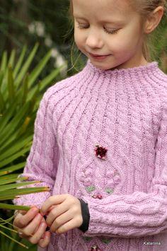 Katariina kudugurmee: Palmikutega kampsun Annile. Knitted sweater for girl