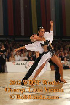 409 meilleures images du tableau Robes de danse  fbd9eef9c2d