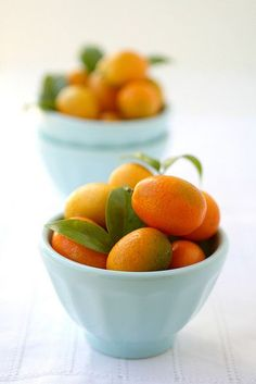 kumquats are delicious Fresh Fruits And Vegetables, Fruit And Veg, Delicious Fruit, Yummy Food, Goat Cheese Salad, Exotic Fruit, Raw Food Recipes, Fresco, Love Food