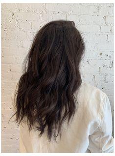 Brown Hair Inspo, Brown Hair Inspiration, Cool Brown Hair, Rich Brown Hair, Brown Hair Shades, Medium Dark Brown Hair, Dark Fall Hair, Medium Dark Hair, Brown Blonde