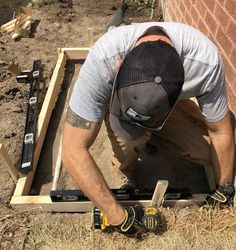 3 Day Project : Transforming Our Side Yard - Room for Tuesday - Walmart - Side Yard Landscaping, Backyard Walkway, Gravel Landscaping, Backyard Patio Designs, Backyard Projects, Backyard Ideas, Patio Ideas, Backyard Seating, Diy Projects