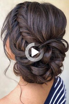 Updo hairstyles for brides look so pretty and graceful. Check out wedding updos with braids in our gallery and be inspired! #weddinghairstyles Wedding Hairstyles For Medium Hair, Wedding Hairstyles Half Up Half Down, Bride Hairstyles, Homecoming Hair Down, Homecoming Hairstyles, Prom Hair, Hair Wedding, Bridal Hair, Wedding Bride