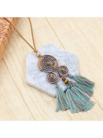 Tassel dream catcher pendant - holapick.com Beaded Tassel Necklace, Initial Pendant Necklace, Pendant Jewelry, Leather Tassel, Leather Chain, Leather Jewelry, Jewelry Sites, Hand Bracelet, Leaf Pendant